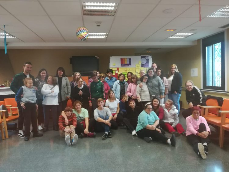 Mesa redonda en EVD Galicia por el Día contra la violencia de género